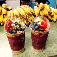 Photo taken at Diamond Head Cove Health Bar by yokoichi on 2/17/2012