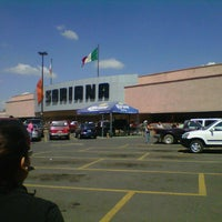 Photo taken at Soriana Centro by Yariksa Tatishé S. on 9/8/2012