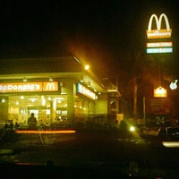 Photo taken at McDonald's by Chee Leong C. on 1/19/2012