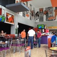 Photo taken at Hooligan's by José G. on 4/17/2012