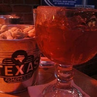 Photo taken at Texas Roadhouse by Maléka S. on 1/28/2012