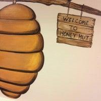 Photo taken at Honey Hut Ice Cream Shoppe by Miranda on 8/15/2012