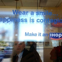 Photo taken at IHOP by Tami R. on 12/16/2011