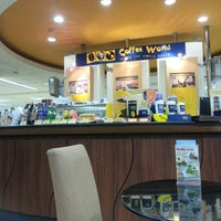 Photo taken at Coffee World by 👀 on 7/29/2012
