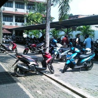 Photo taken at Parking Area of Campus G of Gunadarma University by Aakhwan on 5/29/2012