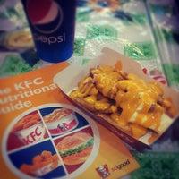 Photo taken at Kentucky Fried Chicken (KFC) by Reezal D. on 8/15/2012