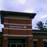 Photo taken at Bank of America by Ramon A. on 6/12/2012