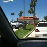 Photo taken at In-N-Out Burger by Edgar on 6/27/2012
