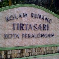 Photo taken at Kolam Renang Tirta Sari by Edy J. on 4/30/2012