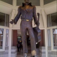 Photo taken at Memphis Convention and Visitors Bureau by Kechie P. on 8/24/2012