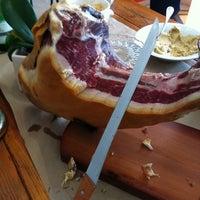 Photo taken at Biondivino Wine Boutique by Jasper B. on 7/1/2012