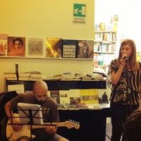 Foto scattata a Libreria Assaggi da Bruno L. il 5/26/2012