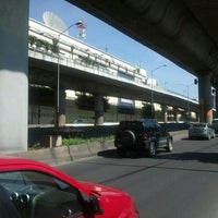 Photo taken at Oxxo by Frank R. on 7/27/2012