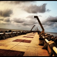 Photo taken at Las Escolleras by Tello H. on 3/14/2012