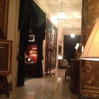 Photo taken at Hôtel Westminster by Franklin F. on 5/21/2012