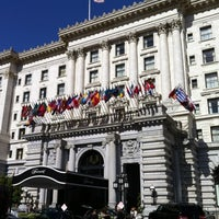Photo taken at The Fairmont San Francisco by torishin on 5/4/2012