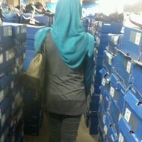 Photo taken at Sport Warehouse by Tsulaikha Safriani on 3/16/2012