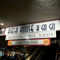 Photo taken at Hash House A Go Go at The LINQ by Ms. Chan C. on 6/5/2012