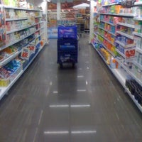 Photo taken at Supermercado Angeloni by Rafael W. on 2/16/2012