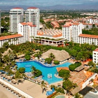 Photo taken at Meliá Vacation Club Puerto Vallarta by Orlando O. on 8/17/2012