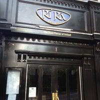 Photo taken at Rí Rá Irish Pub by Carlton M. on 6/1/2012
