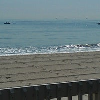Photo taken at Joey Harrison's Surf Club by Cole on 9/12/2012