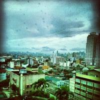 Photo taken at Pan Pacific Manila by Julius A. on 8/13/2012