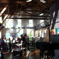 Photo taken at Bridgewater Bistro by Patrick 🍀 C. on 7/31/2012