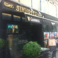 Photo taken at Sinnotts Bar by Joris v. on 9/11/2012