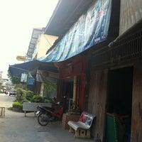 Photo taken at สถานีรถไฟ ปากช่อง by Guljira A. on 2/11/2012