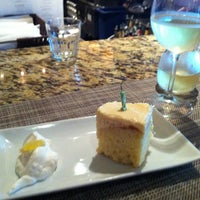 Photo taken at Romano's Macaroni Grill by Sunnie K. on 7/22/2012