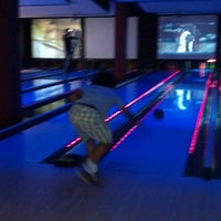Photo taken at Bowlmor Cupertino by Abbas G. on 7/19/2012