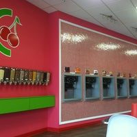 Photo taken at CherryBerry Yogurt Bar by Joshua D. on 8/19/2012