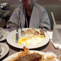 Photo taken at Avenue Diner by Emily on 7/9/2012