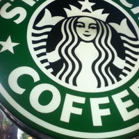Photo taken at Starbucks by Boreum J. on 4/29/2012