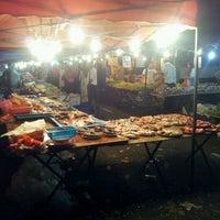 Photo taken at Pasar Malam Bandar Baru Bangi by along_hisyam on 2/21/2012