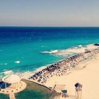 Photo taken at Dreams Cancun Resort & Spa by Heye G. on 4/6/2012