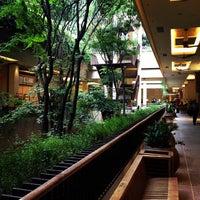 Photo taken at Shopping Cidade Jardim by Sergio Q. on 4/3/2012