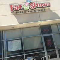 Photo taken at Fat Straws Bubble Tea & Juice by Esmeralda L. on 3/26/2012