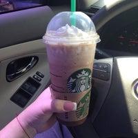 Photo taken at Starbucks by Latinatwix28 on 3/29/2012