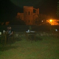 Photo taken at Hidden Wall Restaurant by Serdar C. on 8/4/2012