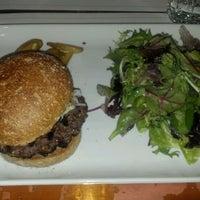 Photo taken at Toi, Moi & Café by Erico S. on 4/5/2012
