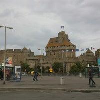 Photo taken at Intra-Muros – Centre de Saint-Malo by Laurent L. on 8/7/2012