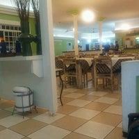 Photo taken at Cheiro Verde Restaurante by Kaio Q. on 5/24/2012