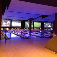 Photo taken at Bowlmor Cupertino by Marco A. on 2/25/2012