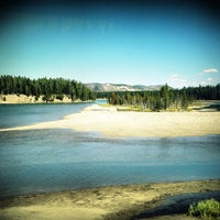 Photo taken at Yellowstone National Park by Thiti P. on 8/28/2012