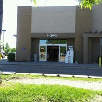 Photo taken at Fort Collines Warehouse Liquors by drew w. on 5/10/2012