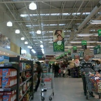 Photo taken at Jumbo by Nataly A. on 6/10/2012