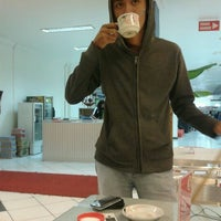 Photo taken at Foodcourt Mall Mesra Indah by rizal s. on 5/18/2012