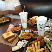 Photo taken at Zaxby's by sneakerpimp on 7/16/2012